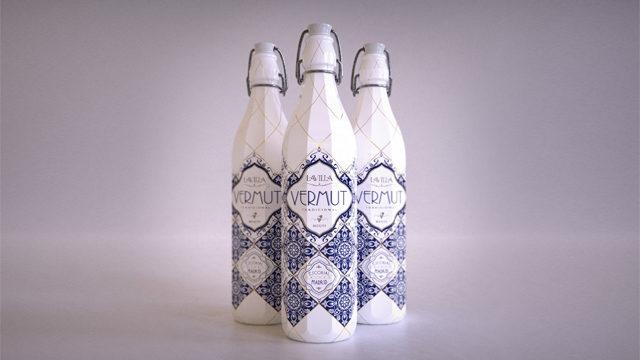 3 botellas de vermut