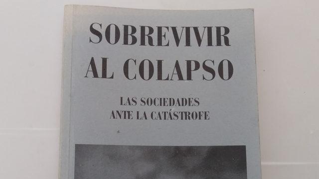 "Book ""Sobrevivir al colapso"""
