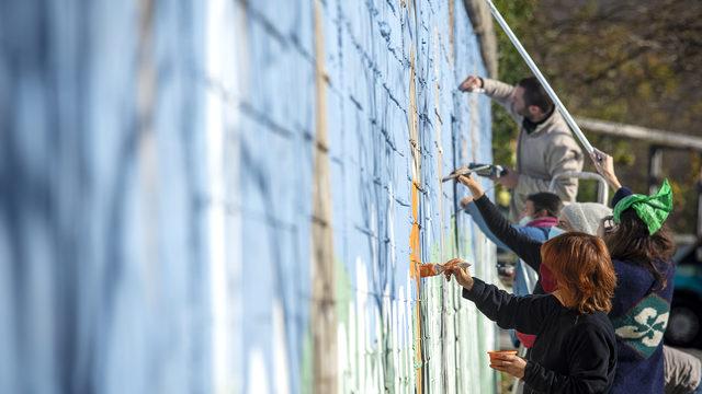 Mural a la teva façana