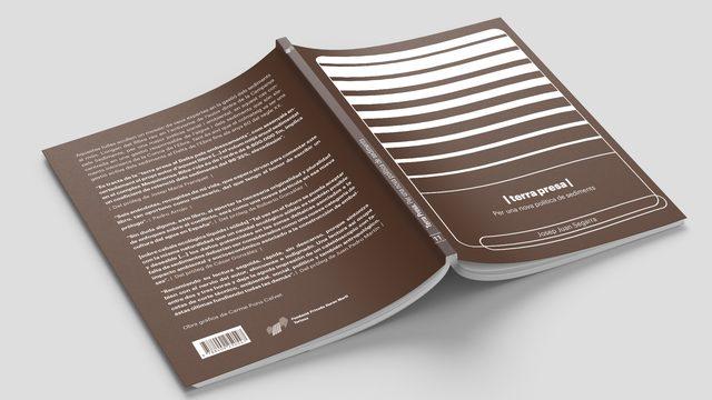 5 unitats del llibre TERRA PRESA signades per Carme Pons i Josep Juan