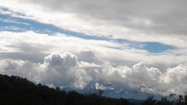 Mira el Cel (Look up at the sky)