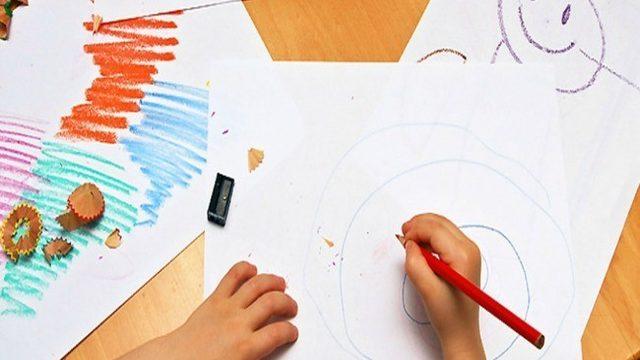 Cuento inglés dedicado con lámina para colorear (tapa blanda)