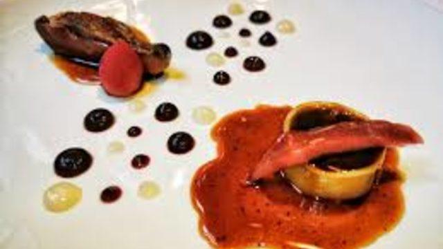 Mural artístic + 1 tiquet Sopar Gourmet a càrrec de la Societat Gastronòmica de  l'Ateneu