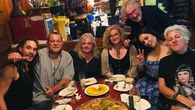 Cena para 4 amigo/as