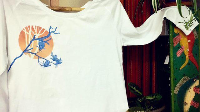 Camiseta manga larga con Diseño a elegir + Packaging Helechizo + Envío