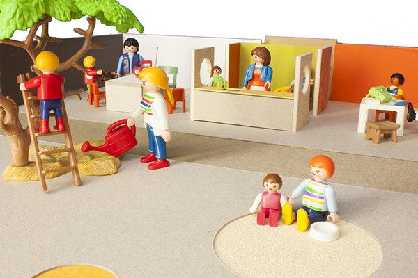 mini escola bressol - mini jardín de infancia