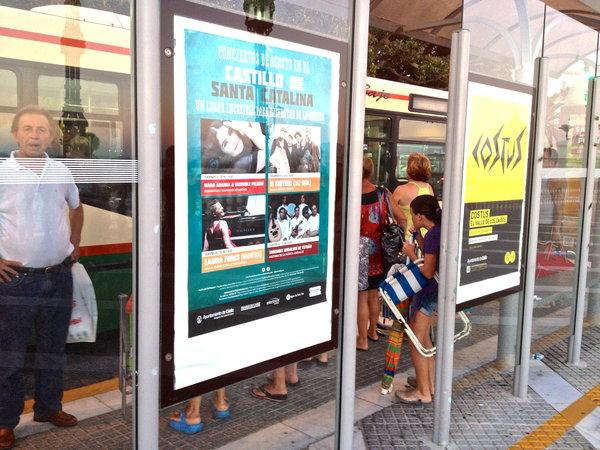 amores! el disco se està presentando e Cadiz!! Manana por la noche en el CASTILLO DE SANTA CATALINA! Que lugar magnifico! Os espero alli.