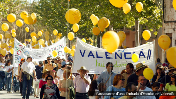 Passacarrer d'una Trobada d'Escoles en Valencià