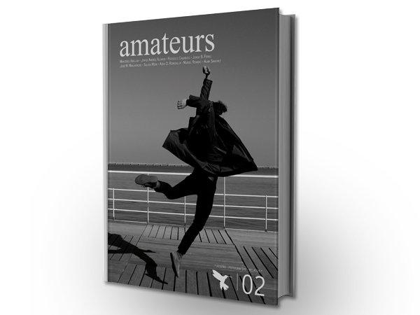 A por el Libro Amateurs 02, un libro para ti...otro para una biblioteca pública