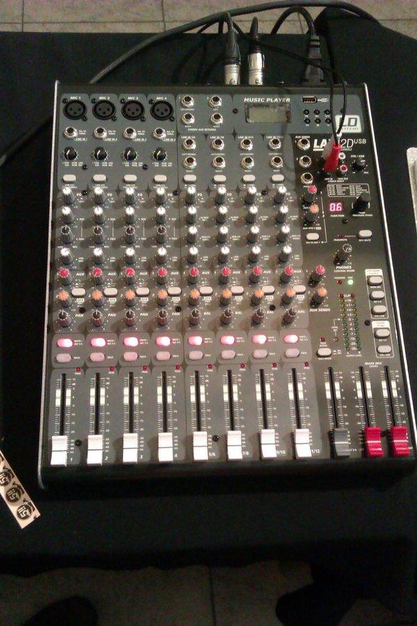 Ya tenemos mesa de sonido!