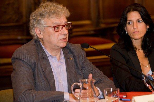 els ponents Josep Sánchez Cervelló i la Maria José Adserias