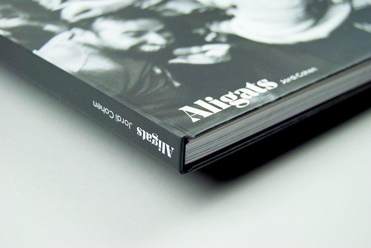 Ja tenim el llibre ALIGATS
