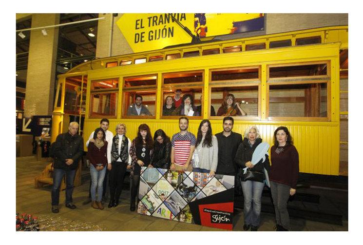 *Los impulsores de los diez proyectos #ImpulsaCrowdfunding en la presentación del 19 de Noviembre 2016 en el Museo del Ferrocarril de Gijón.*
