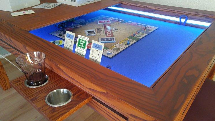 Mesas especiales para juegos de mesa de erma en epic for Cazafantasmas juego de mesa