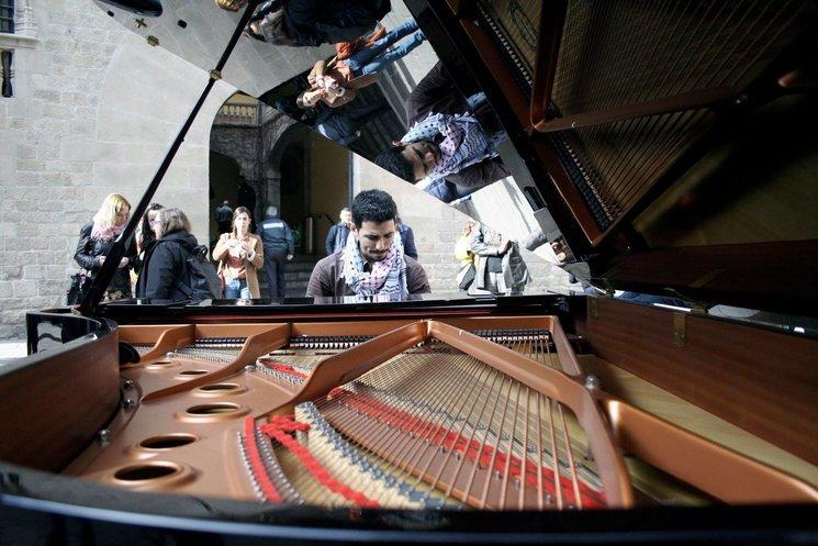 Demà la veu d'Aeham Ahmad al Conservatori Municipal de Música de Barcelona!