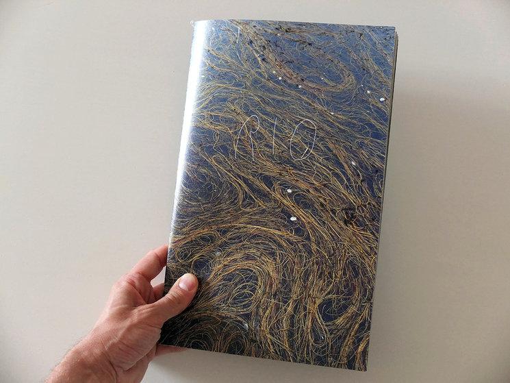 Book cover. Size 20x30,5 cm.