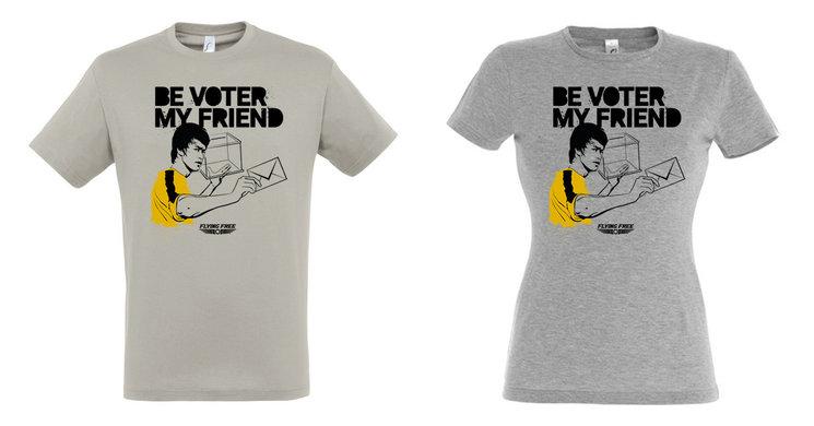 Camiseta BE VOTER MY FRIEND de Flying Free, modelo de chico (izquierda) y chica (derecha).
