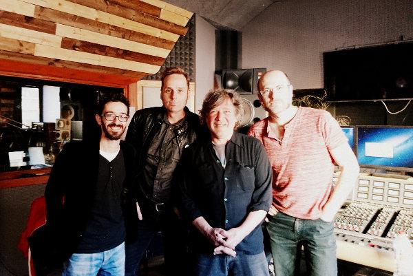 Sergio y Juanma con Mike y Marc