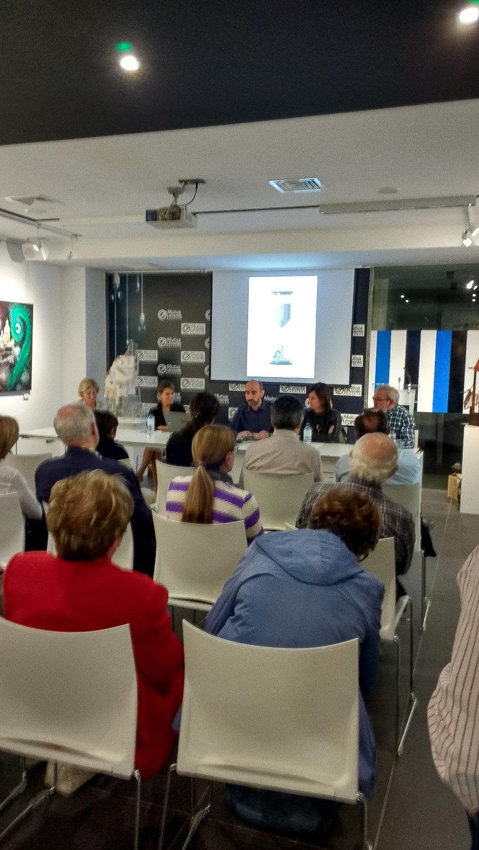 El acto se llevó a cabo en la sala de exposiciones de la Fundación Mutua de Levante