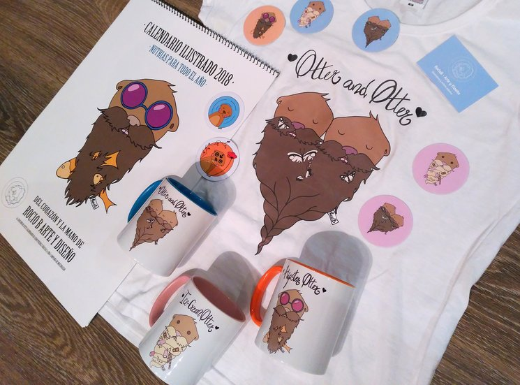 Todos los productos creados por Rocío B. con sus ilustraciones de nutrias