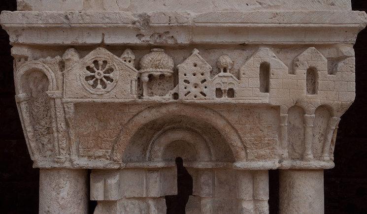 """Detalle Capitel """"Las Claustrillas"""" Monasterio Santa María La Real, Burgos (Foto: Carmelo Jordá)"""