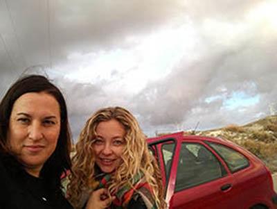 María Mengual y Cristina Casero en producción