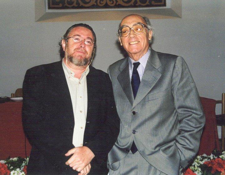 Ángel Alcalde y José Saramago en un acto de la UCLM