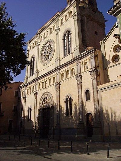 Plaça i Església de Santa Maria de Mataró, lloc escollit on s