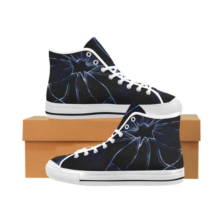 Zapatillas tipo Converse exclusivas del Verkami