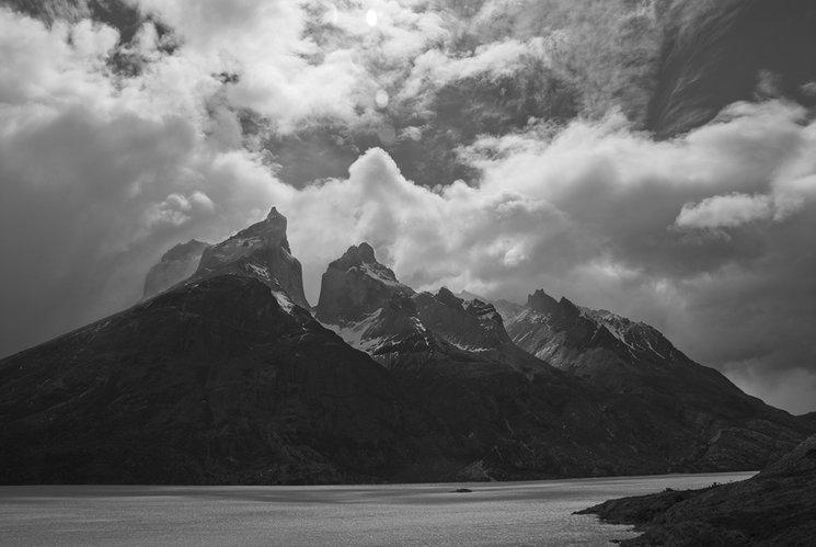 Lago Nordenskjöld y Cuernos del Paine. Parque Nacional Torres del Paine.