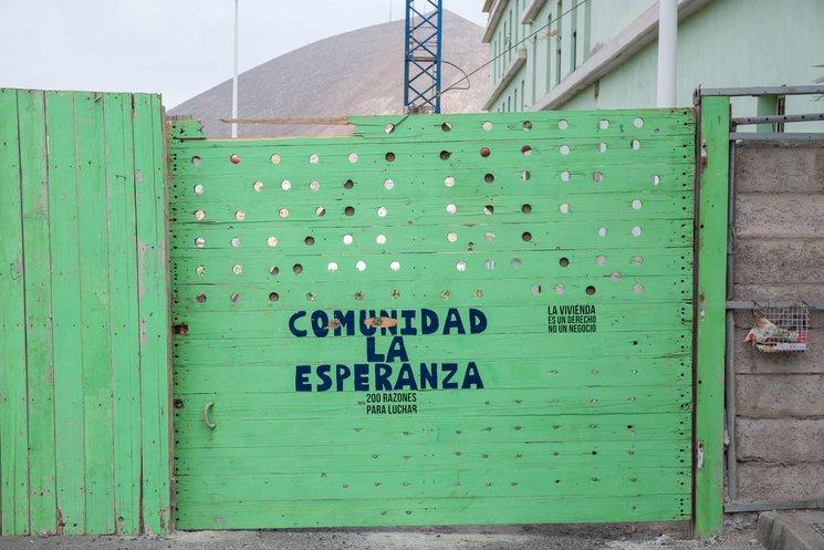 Puerta Comunidad La Esperanza.