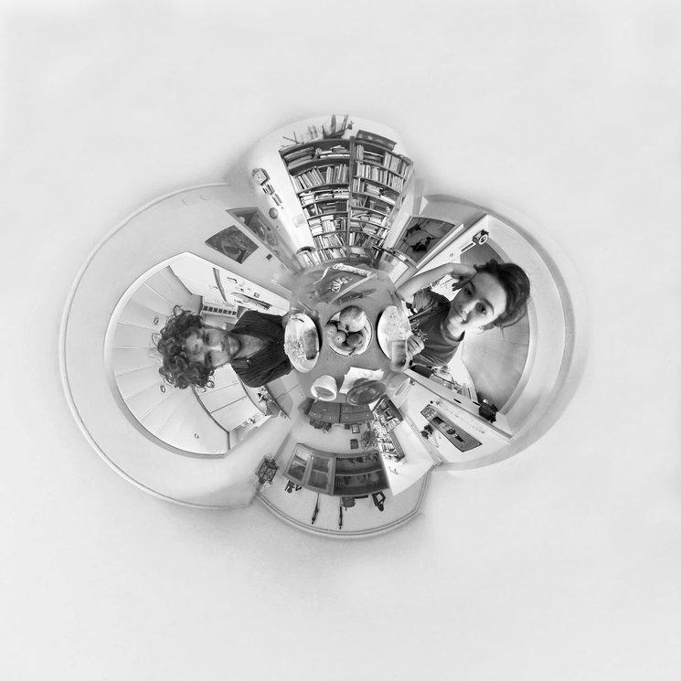 Frame littleplanet del Teaser de Desayuna Conmigo 360º