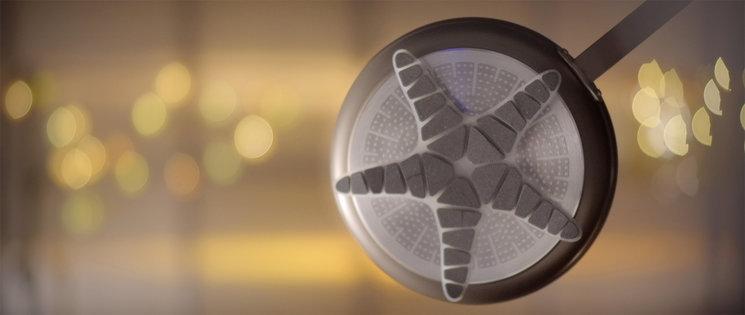 El salvamanteles magnético Salvador de Estudio Disolvente