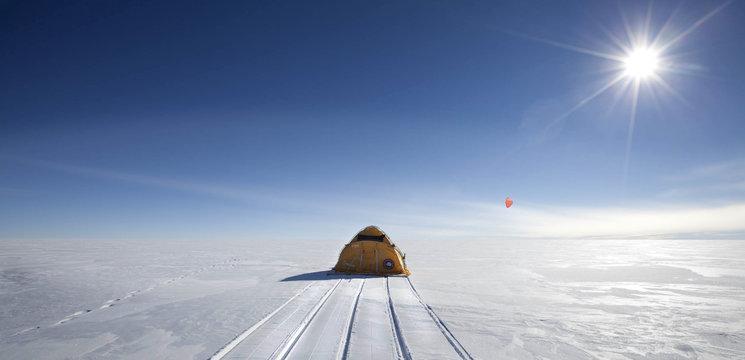 El trineo de viento durante la expedición ACCIONA WINDPOWERED ANTÁRTICA 2011