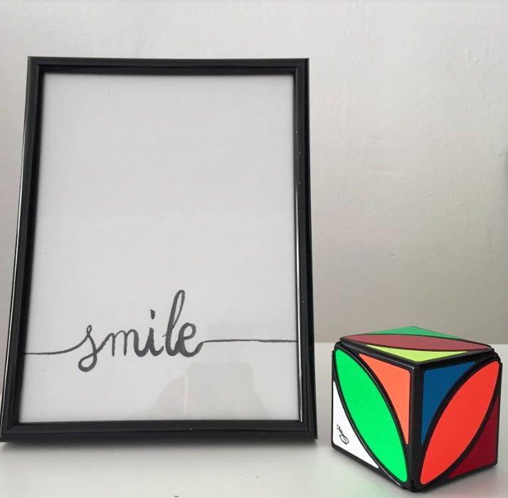 Smile, imagina, crea, lògica, esforç, curiositat, superació... en vols algun altre? Cap problema! Informa'ns! :)
