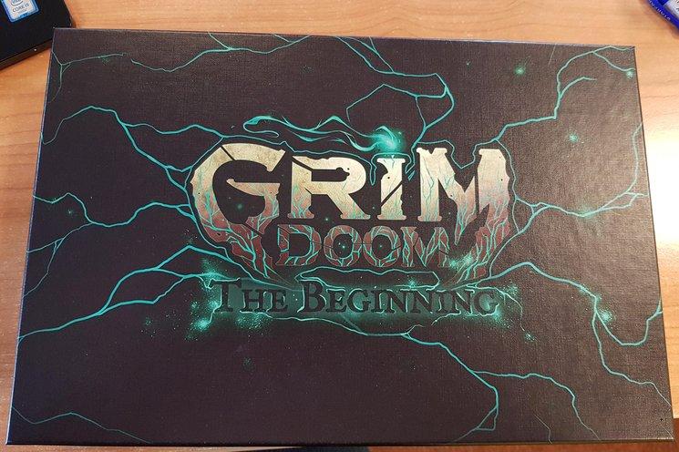 Caja de Grim Doom.
