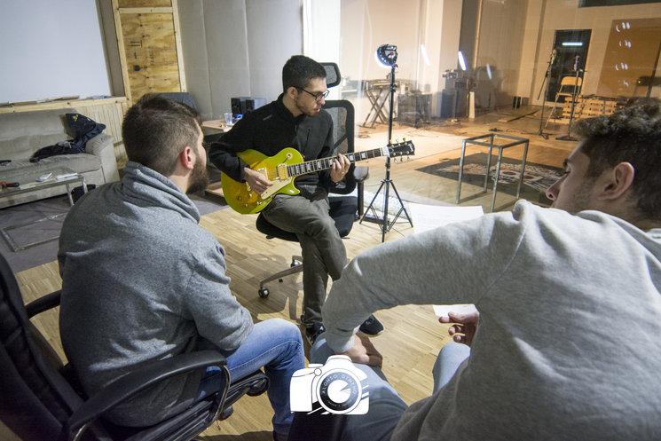 Manuel y Diego en una jornada de grabación.