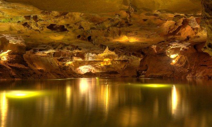 Interior de Les Coves de Sant Josep, una localización única que formará parte de nuestro cortometraje