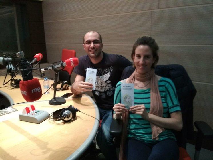 Ignacio e Irlanda en los Estudios de Radio Nacional