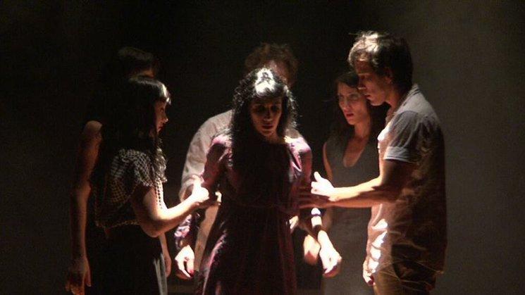 Cia Vuelta y Vuelta Danza Teatro