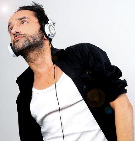 Carlos Nobrega. Compositor.