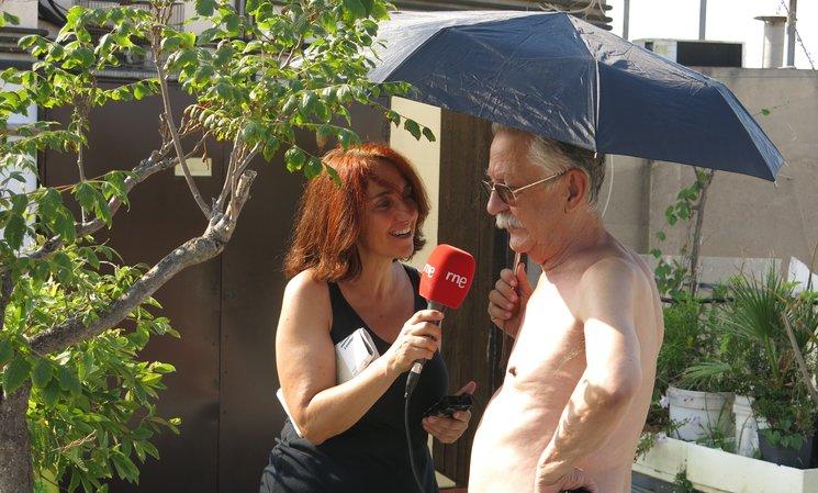 Entrevistando a Nazario en su terraza