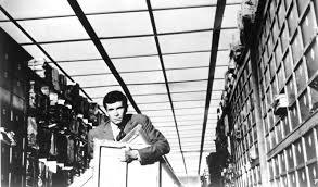 """""""EL PROCESO"""" (Orson Wells, 1962) – y el libro de Franz Kafka en el que se basa"""