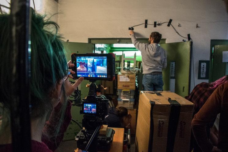 Preparando la primera toma del Episodio Piloto.
