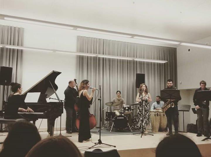 Tocando en el Conservatorio Superior de Pamplona