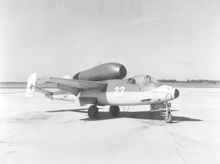"""He 162 """"Volksjäger"""""""