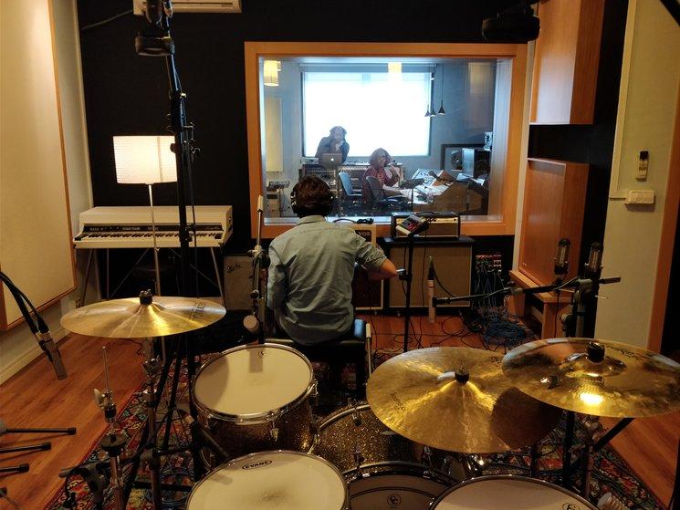 Estudio grabación - El lado izquierdo