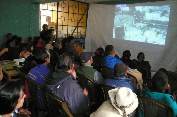 Proyección del documental en el tercer sector