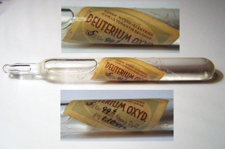 Una cápsula de óxido de deuterio fabricada en Norsk Hydro