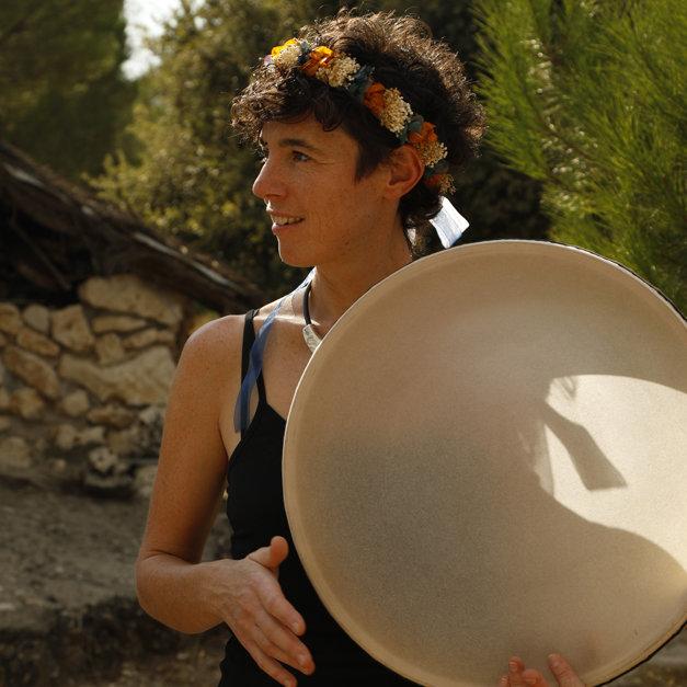 Maria Desbordes: Voz, whistle y percusiones. FOTO: Samuel Gómez